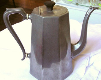 Original Colonial period Coffee Pot/Teapot - straight-sided - Handmade Pewter - Antique - Radcliffe