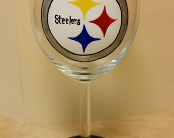 Steelers Hand painted personalized Wine glass