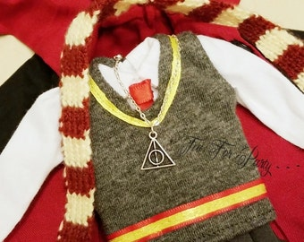 Deathly Hallows Necklace for doll, Miniature Deathly Hallows Necklace, Blythe Harry Potter Costume, Blythe Necklace, Blythe Accessory