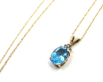 "Vintage 10k Yellow Gold Sky Blue Topaz + Accent Diamond Pendant on 18"" chain"