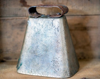 Vintage Ox Cow Bell - Large Rustic Homemade Brass Metal Farm Primitive Cowbell - Rustic Cow Bell Cattle - Vintage Antique Farmhouse Decor