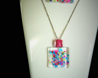 Funky jewelry - Necklace + Earring in clear resin glitter insert / / women gift, birthday, Christmas, rebel passion, fashion