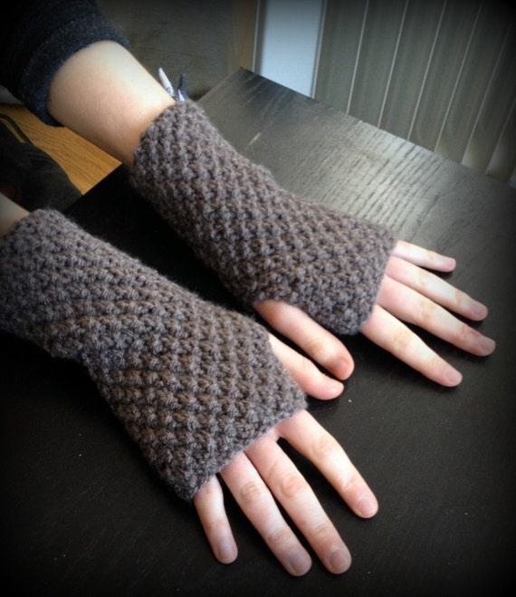Knit Arm Warmer Pattern : Knitting Pattern, INSTANT DOWNLOAD PDF, Fingerless Gloves / Mittens / Wrist W...