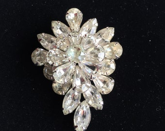 Vintage Weiss Brooch 1960s Clear Rhinestones Set in Silver Tone