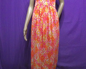 1970's FLORAL halter maxi dress . Pink/orange . 70's tropical/Hawaiian/Island design/style
