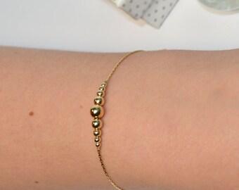 BEADED BAR Bracelet // Horizontal Bar Pendant Bracelet - Beaded Bracelet - Beaded Jewelry - Dainty Gold Bracelet - Simple Bracelet
