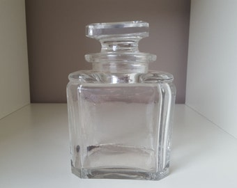 The 19th century - 20572 rectangular Baccarat bottle