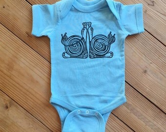 Bohemian baby, Snails baby bodysuit, Light blue baby outfit, Baby boy, Zen baby, Hippie baby, Natural baby outfit, Mandala baby, yoga baby