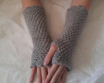 Lovely Grey Fingerless Gloves; Armwarmers