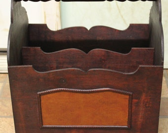 Hand-curved wooden Magazine - Rack, very vintage look