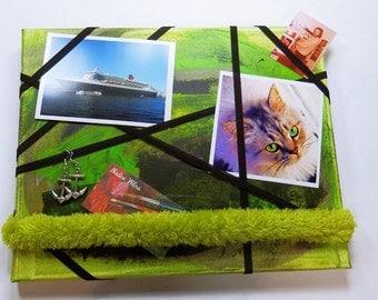 Green loop - memo Board jewelry Board Bulletin Board 24 x 30 cm - piece - green - Unikat - SALE - offer -