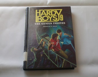 Hardy Boys Case Files N0. 9--The Genius Thieves