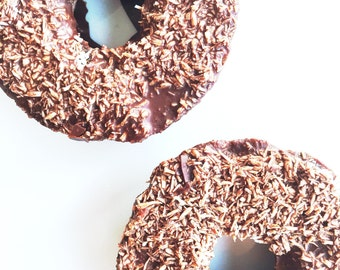 Organic Coconut Fudge Glaze Donuts Raw Vegan Paleo Low Carb Low Calorie Healthy Donuts Gluten Free