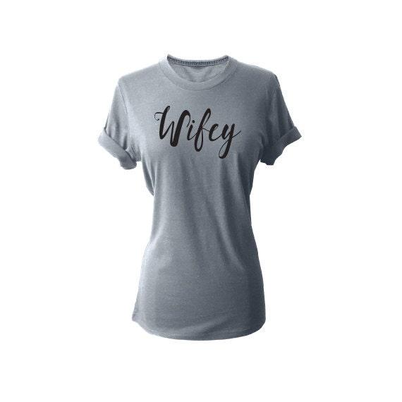 Wifey shirt, Wifey Tshirt, Bridal Shower Gift, Wife Top, Bride Shirt, Wife shirt, Bridal Gift,Bride to be gift. Wedding day shirt