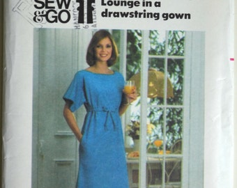 Uncut 1970s Butterick Vintage Sewing Pattern 5166, Size Medium; Misses' Loungewear