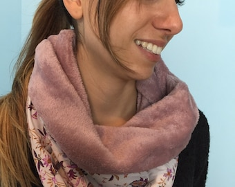 """Neck warmer """"cashmere and flowers"""" rose"""