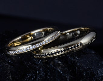 Engagement rings/wedding rings made of 585 gold with white and Black diamonds