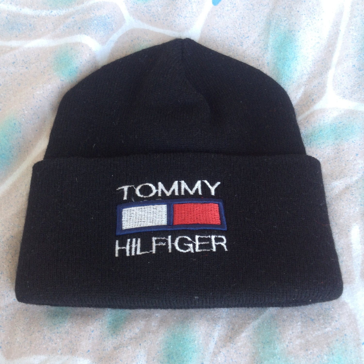 90s tommy hilfiger beanie toque vintage winter hat. Black Bedroom Furniture Sets. Home Design Ideas
