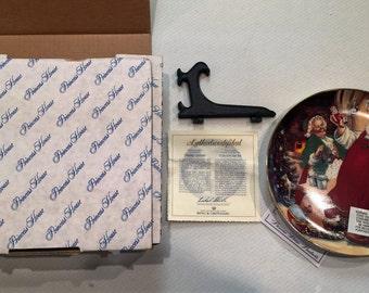 "Limited Edition 1995 Princess House ""Santa's Workshop"" Christmas Plate"