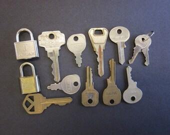 Lot of 11 Vintage Keys and 2 Small Locks