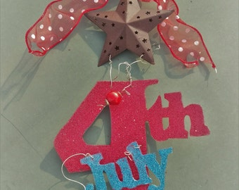 Memorial, Red White and Blue, July 4th, Fourth of July Hanging Sign, Door hanger, Patriotic Decoration, Wreath accent, glitter and ribbon
