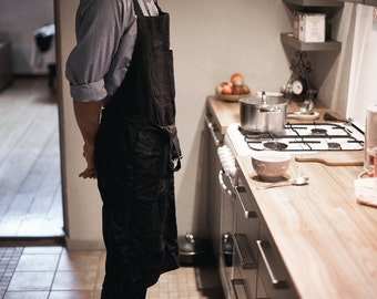 Linen kitchen apron with pockets, black linen apron
