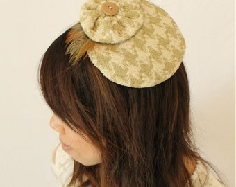 Houndstooth fascinator hat