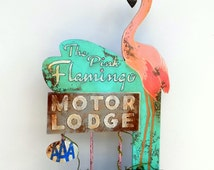 Unique Retro hand painted Pink Flamingo Motor Lodge mini sign. Vintage Distressed adverising sign. Tabletop Wood sign rustic, handpainted.