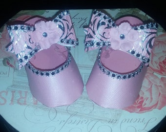Adorable Pink paper baby shoes