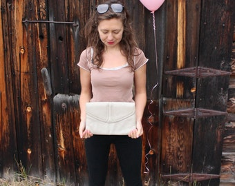 Vintage Beige Patent Leather Clutch