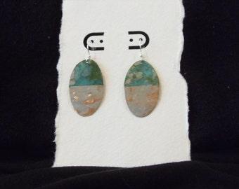 Green hammered chrome earrings