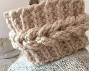 sparkle faux braid crochet cowl, super chunky, warm neck warmer