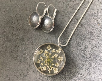 A Set: Reversible Queen Anne's Lace Smokey Silver Grey Resin Pendant Necklace + Smokey Silver Grey Earrings, Resin Earrings