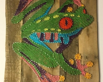 Tree Frog String Art