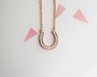 Horsehoe necklace, lucky horseshoe necklace, simple horseshoe necklace, horseshoe, necklace