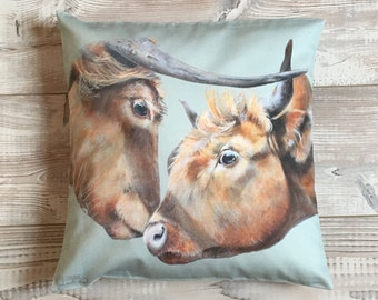 Cushion square cow Highland, green water