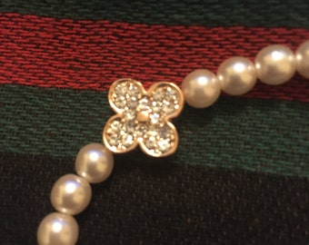 Pearl Necklace with two sided pendant