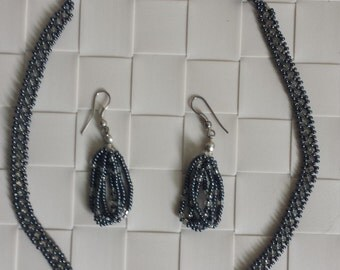 Necklaces - Anthracite