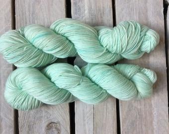 SEA FOAM Rolled 100% hand-dyed merino