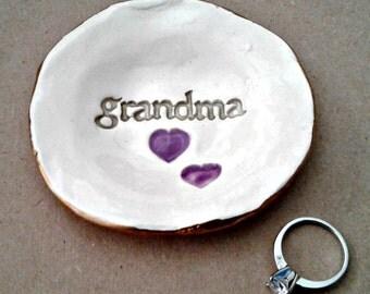 Ceramic Grandma Trinket Bowl  edged in gold  Mothers day