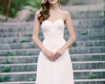 Sample Sale Lace and Tulle Drop-waist wedding gown: Everest