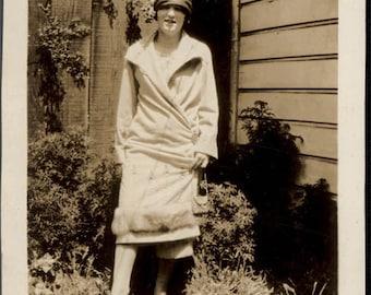vintage photo 1924 Flapper Lady in Hat and Fur Trim Coat