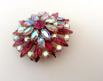 Rhinestone Brooch, Bright Pink and Aurora Borealis Starburst Broach. Large Vintage Brooch, Gold Tone Costume Jewelry, Sparkly, Shimmering.