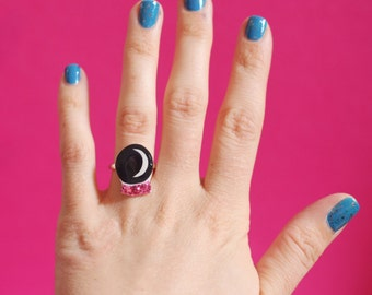 Mystical Crystal Ball Adjustable Ring in Black