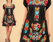 ViNtAgE 60's 70's Mexican EMBROIDERED MiNi Dress Tunic RARE Colors Floral Black Cotton Butterfly Birds HiPPiE Artisan Medium Large M / L