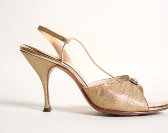 Vintage 1950s 1960s Gold Heels - Amano Cocktail Hour Slingbacks - size US 6.5