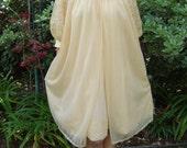 Vintage 50s Doris Day Pillow Talk Night Gown S/M/L
