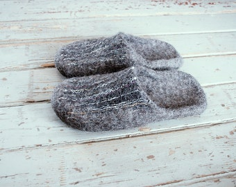 Mens womens slippers Natural wool felted slippers Gray Sand Slippers Handmade wool Home shoes