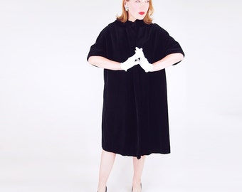 50s Black Velvet Half Sleeve Coat with Pink Satin Lining M L
