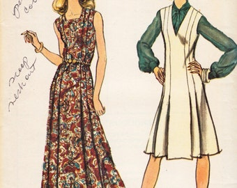 "1970's Vintage Sewing Pattern Ladies' Maxi Dress & Jumper Vogue 9000 34"" Bust - Free Pattern Grading E-book Included"